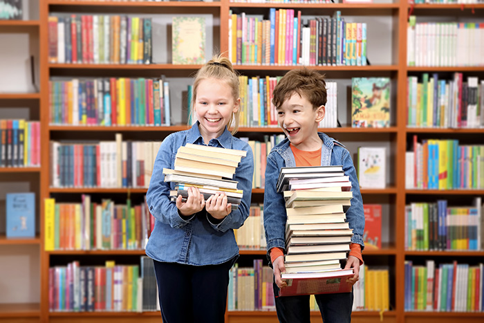 Mit Augenmaß und Sicherheitsvorkehrungen öffnen die Bücherhallen und Bibliotheken schrittweise ihr Angebot.